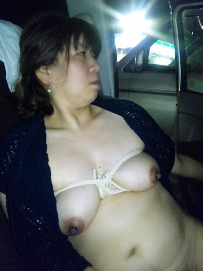【カーセックスエロ画像】ドライブ中にむらむら…どうにも我慢できなくなった素人カップルのカーセックスが激エロwww その8