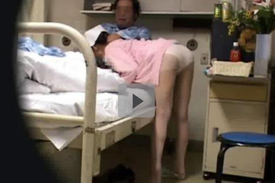 【ナースエロ画像】誰もが一度は妄想する…入院したら看護婦さんに性処理お願いしたい盗撮画像 その3