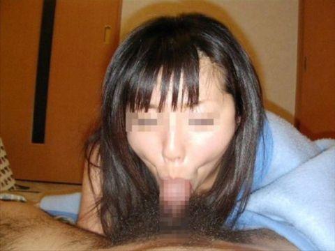 【フェラエロ画像】吸引力桁違い…発情したdyson女のバキュームフェラが精子を吸い尽くしそうwww