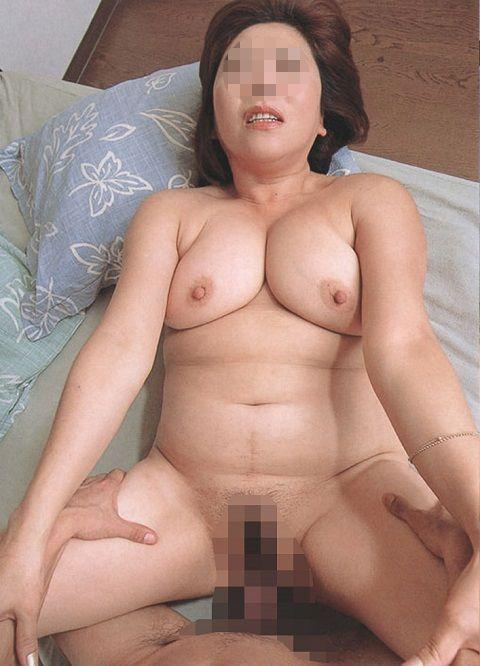 【素人ハメ撮り画像】セフレとの性行為を記録しネットに投稿し続けるヤリチンDQNのハメ撮り画像 その5