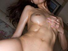 【腹筋フェチエロ画像】パキパキの腹筋がそそる…引き締まった女の子のマッスルボディwww