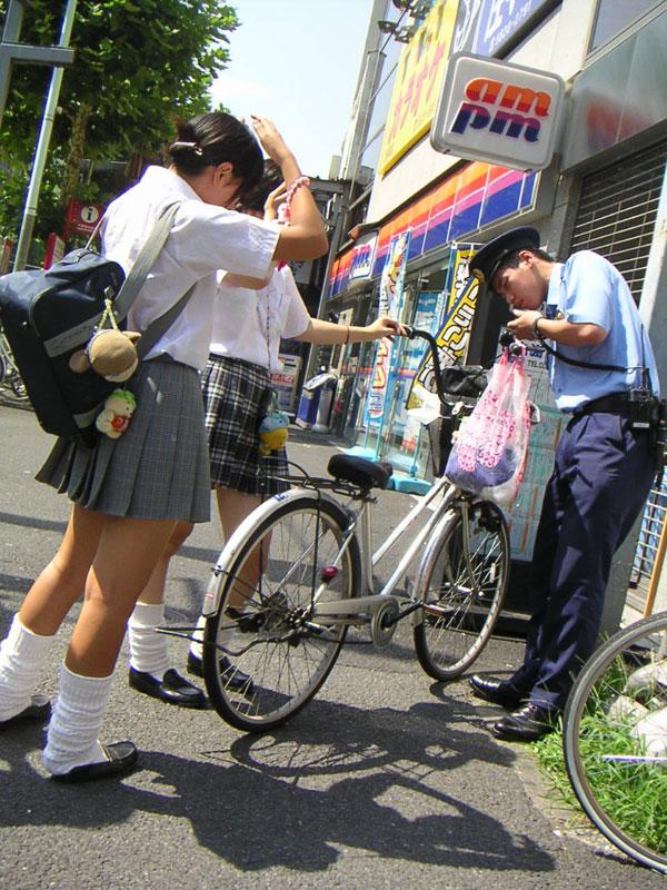 【JK街撮り画像】通学中に隠し撮りされた女子高生…なにげない佇まいの中にある成長期の色気がエロ可愛いwww その11