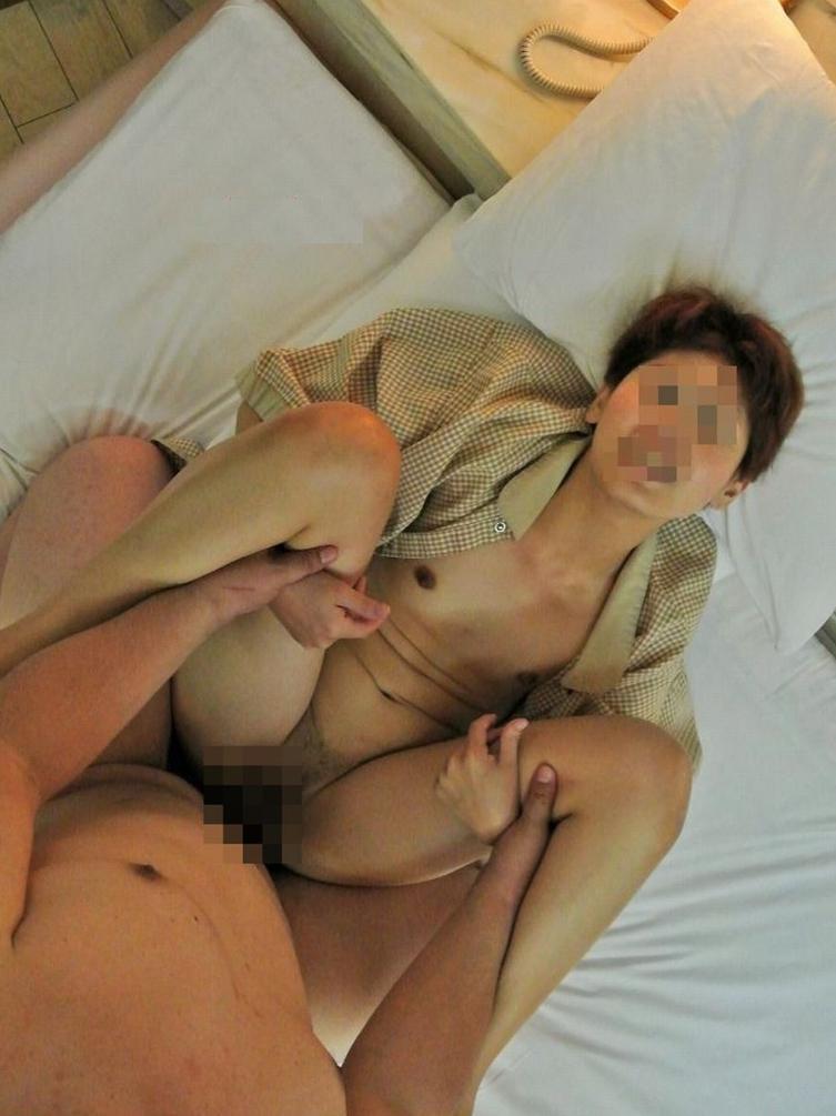 肉体は醜く崩れていても性欲だけは現役!下品なエロさがたまらない熟女達の濃厚なハメ撮り画像 その5