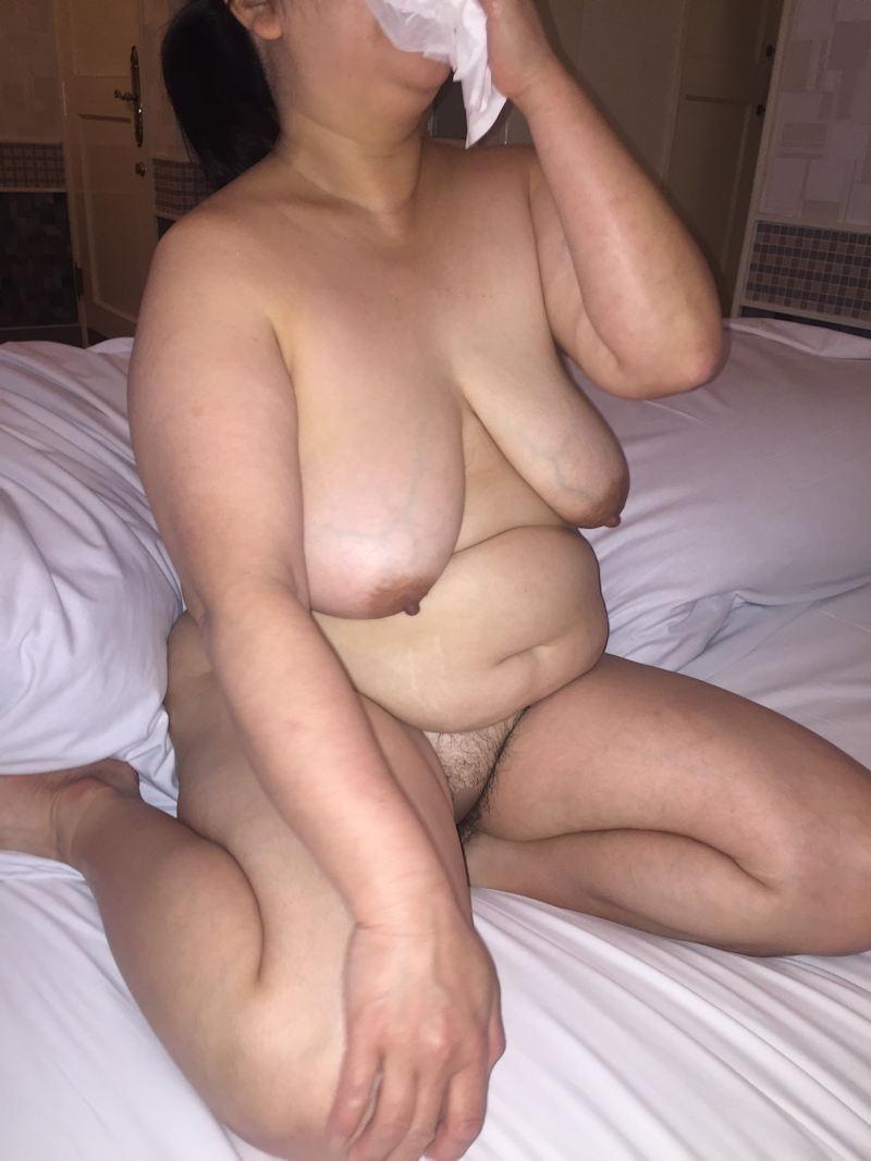 セックスが終わった直後のおばさんたち…ちょーマニアックな熟女のラブホなう画像 その2
